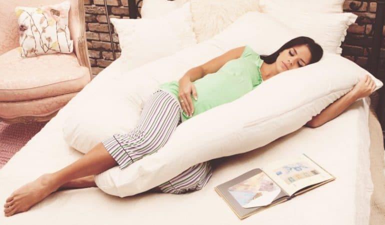Dormire Con Cuscino In Mezzo Alle Gambe.Il Migliore Cuscino Per Gravidanza Offerte E Prezzi Di Maggio 2019