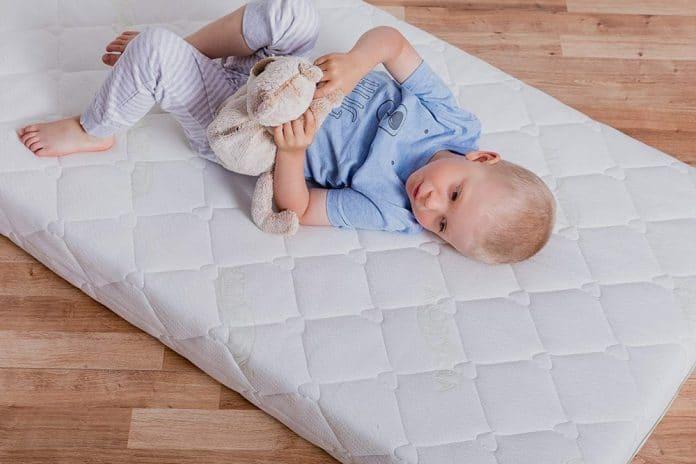 Il Miglior Materasso Per Dormire.Il Migliore Materasso Per Bambini Offerte E Prezzi Di Gennaio 2020